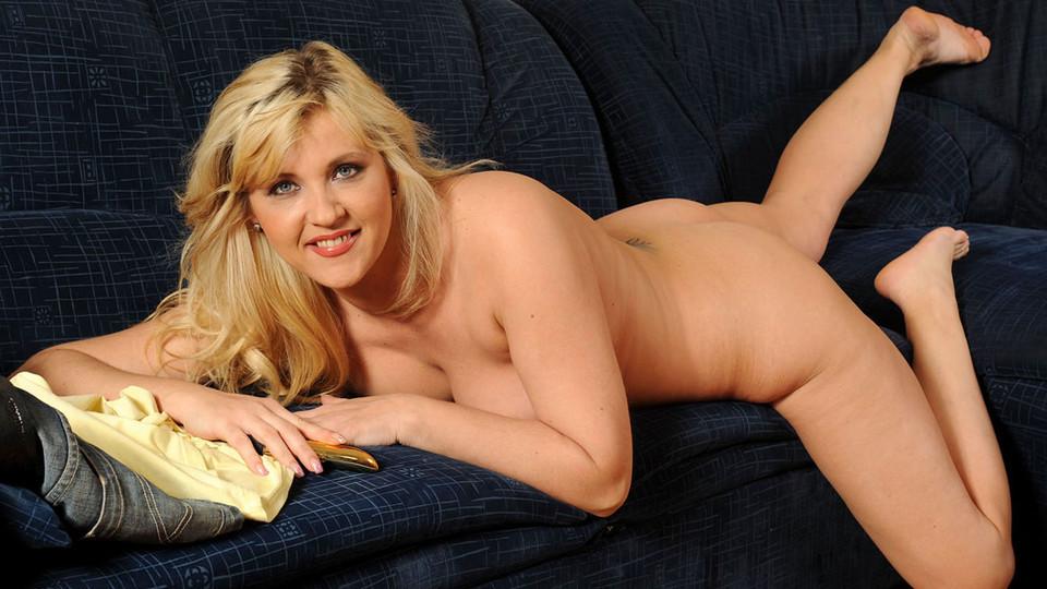 Soft porn doreen xxx wet pussy